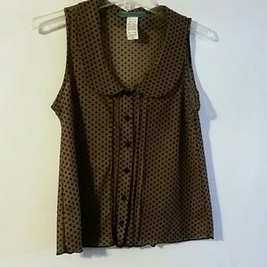 Woman's black and brown dot top sz M